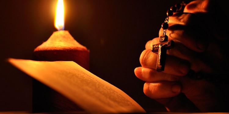 manos-orando